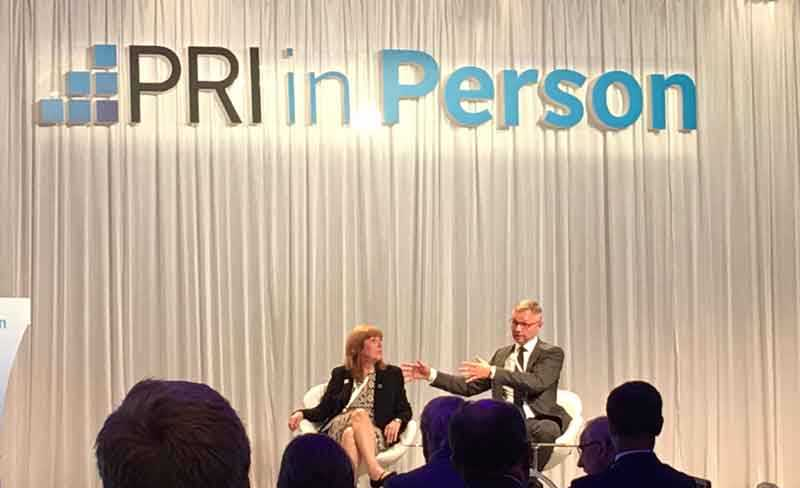 PRI CEO Fiona Reynolds and chairman of the board Martin Skancke at the PRI conference in Singapore. Photo: Trygve Meyer.